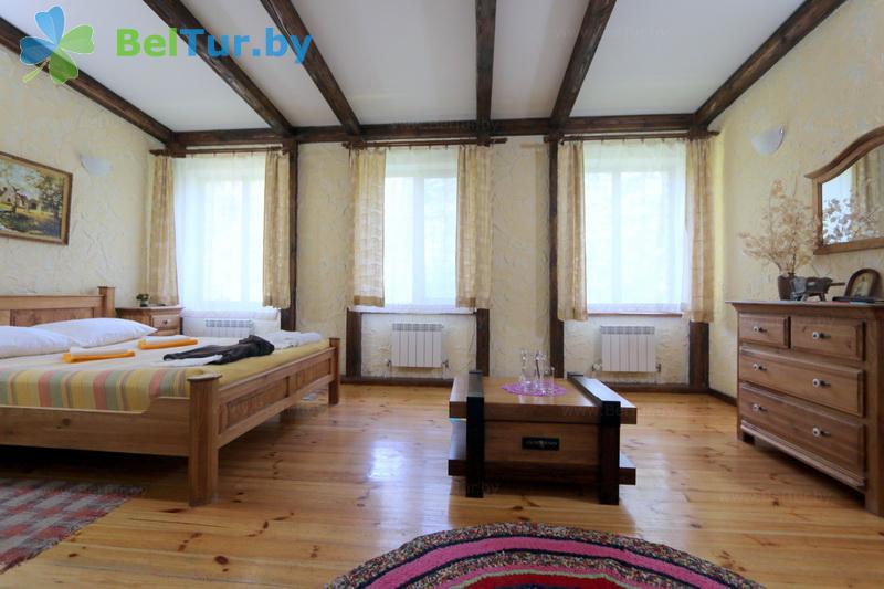 Отдых в Белоруссии Беларуси - база отдыха Бивак - двухместный однокомнатный люкс (административно-жилой корпус)