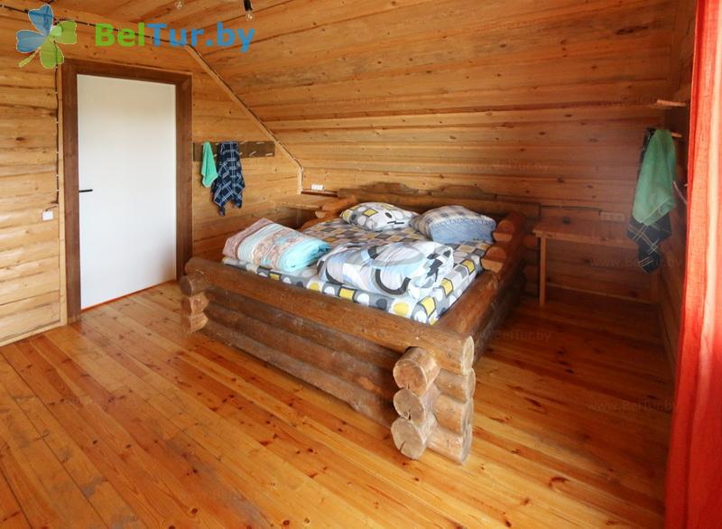 Отдых в Белоруссии Беларуси - база отдыха Красногорка - четырехместный (домик Бабочка)
