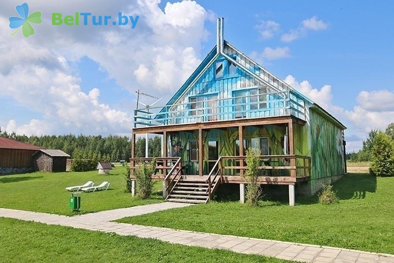 Отдых в Белоруссии Беларуси - база отдыха Красногорка - домик Божья Коровка