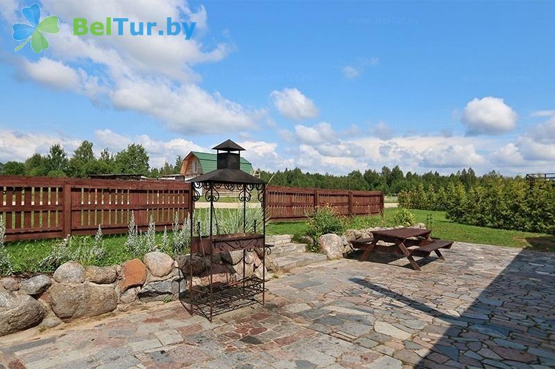 Отдых в Белоруссии Беларуси - база отдыха Красногорка - Площадка для шашлыков