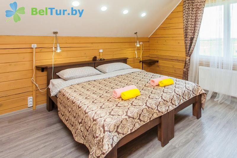 Отдых в Белоруссии Беларуси - экоотель Кветки Яблыни - двухместный двухкомнатный люкс (дом «Карасевы»)