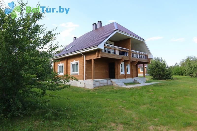 Отдых в Белоруссии Беларуси - экоотель Кветки Яблыни - дом «Шипшины»