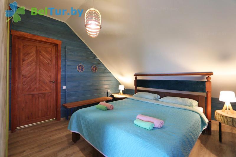 Отдых в Белоруссии Беларуси - экоотель Кветки Яблыни - двухместный двухкомнатный люкс VIP (дом «Шипшины»)