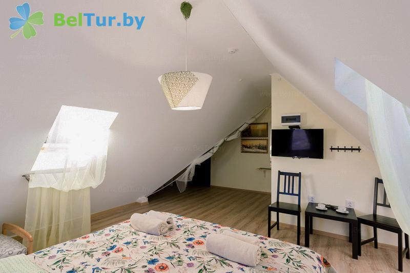 Отдых в Белоруссии Беларуси - экоотель Кветки Яблыни - двухместный однокомнатный полулюкс (дом «Суницы»)