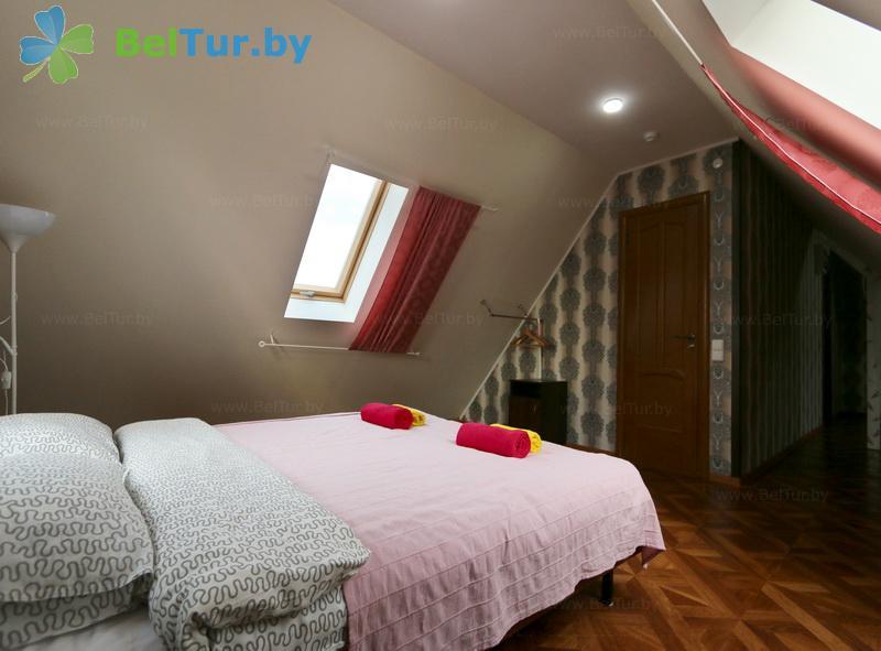 Отдых в Белоруссии Беларуси - экоотель Кветки Яблыни - двухместный двухкомнатный люкс (дом «Малина»)