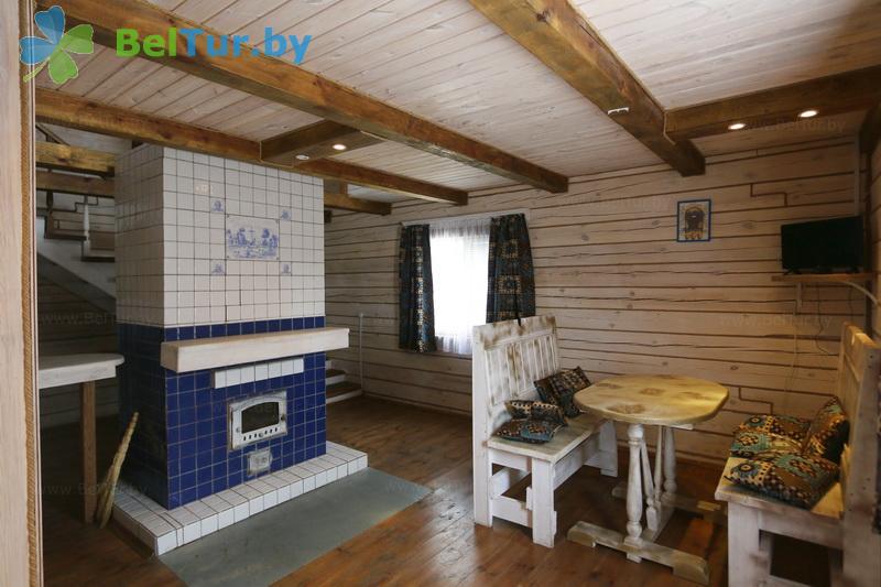 Отдых в Белоруссии Беларуси - охотничье-туристический комплекс Фольварк Бельчо - дом (4 человека) (дом «Прованс»)