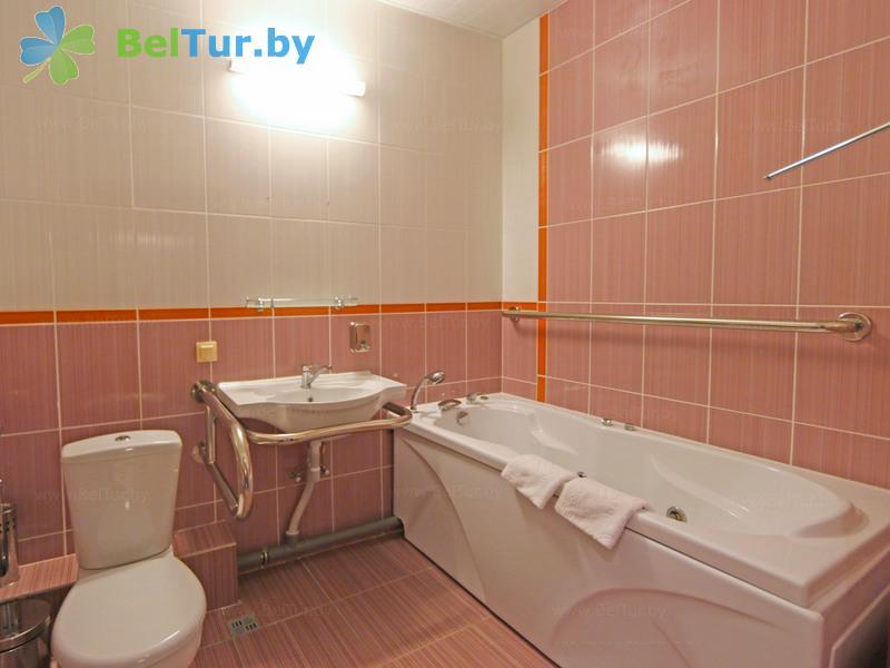Отдых в Белоруссии Беларуси - учебно-оздоровительный комплекс Форум - двухместный однокомнатный (для людей с ограниченными возможностями ) (гостиница)