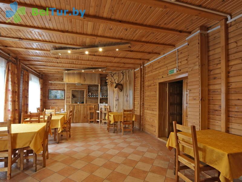 Отдых в Белоруссии Беларуси - охотничье-туристический комплекс Лавники - Банкетный зал