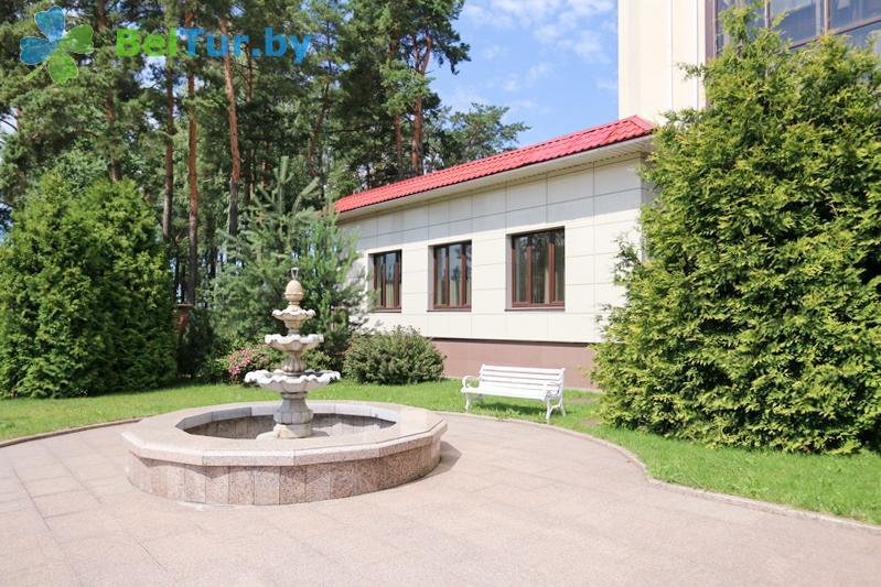 Отдых в Белоруссии Беларуси - гостиничный комплекс Веста - Территория и природа