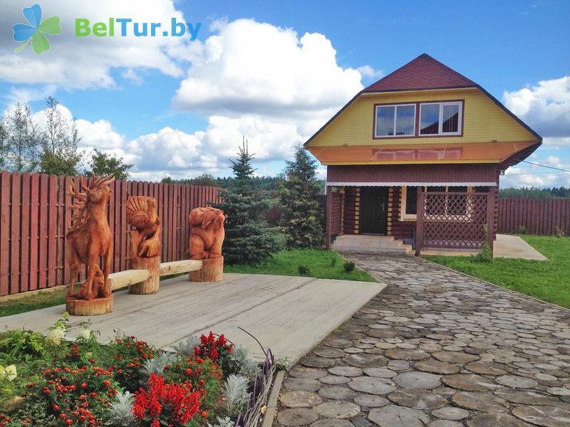 Отдых в Белоруссии Беларуси - дом охотника Межно - Территория и природа