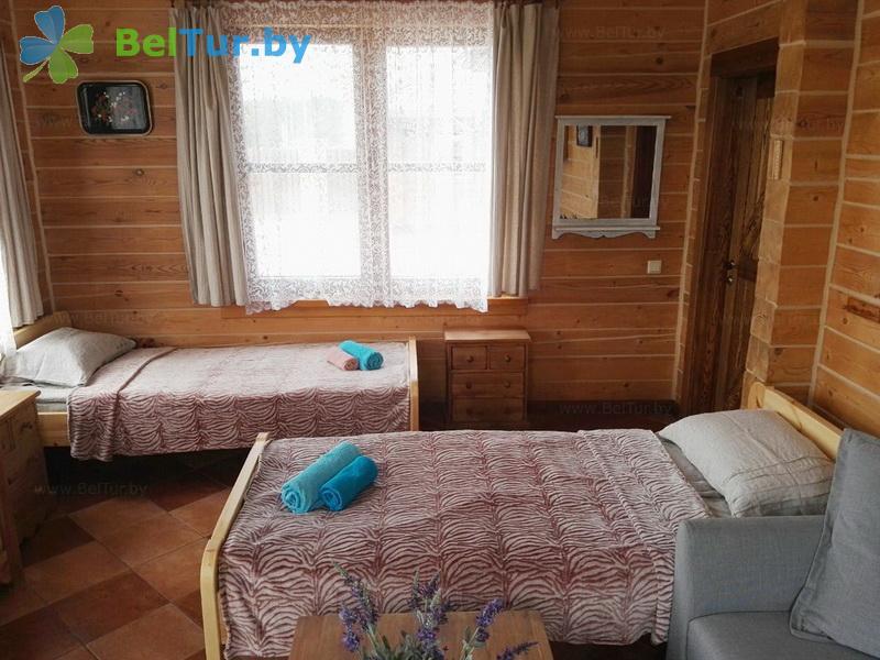 Отдых в Белоруссии Беларуси - усадьба Три медведя - дом (3 человека) (дом «Садовый»)