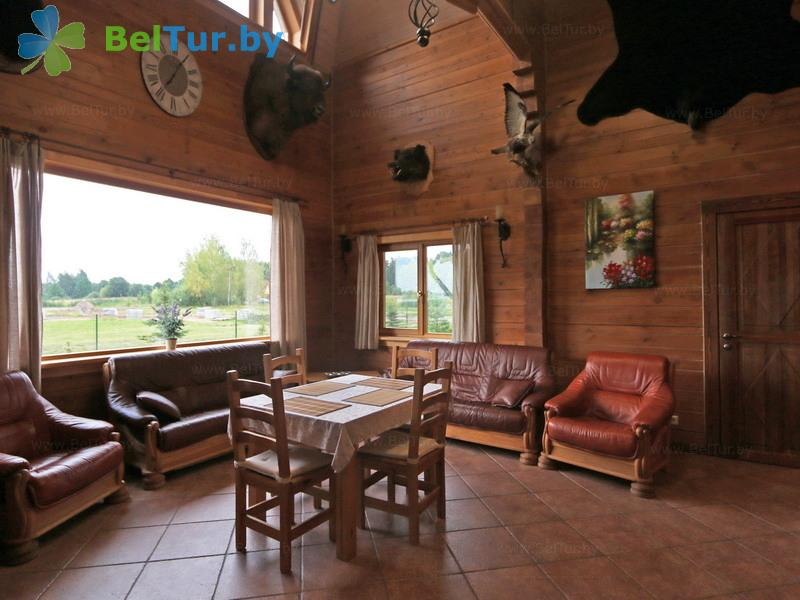 Отдых в Белоруссии Беларуси - усадьба Три медведя - дом (10 человек) (дом «Соколиная охота»)