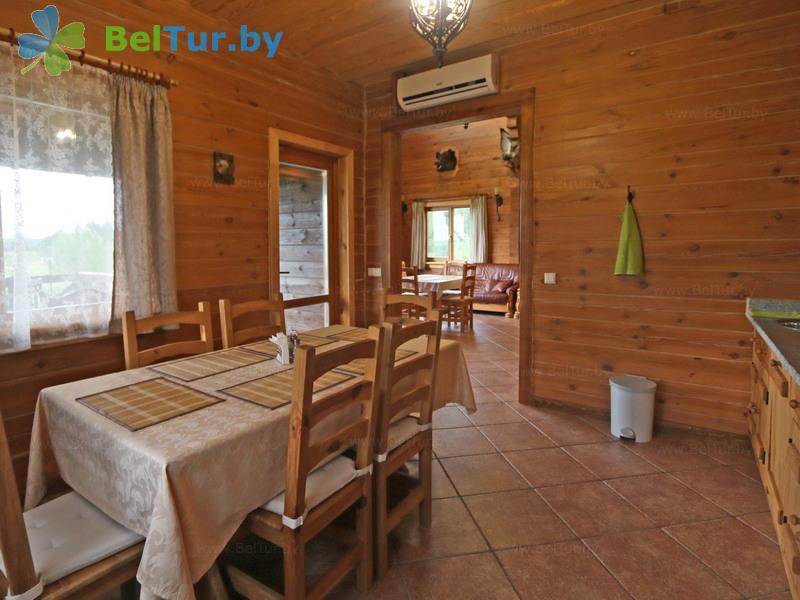Отдых в Белоруссии Беларуси - усадьба Три медведя - Кухня