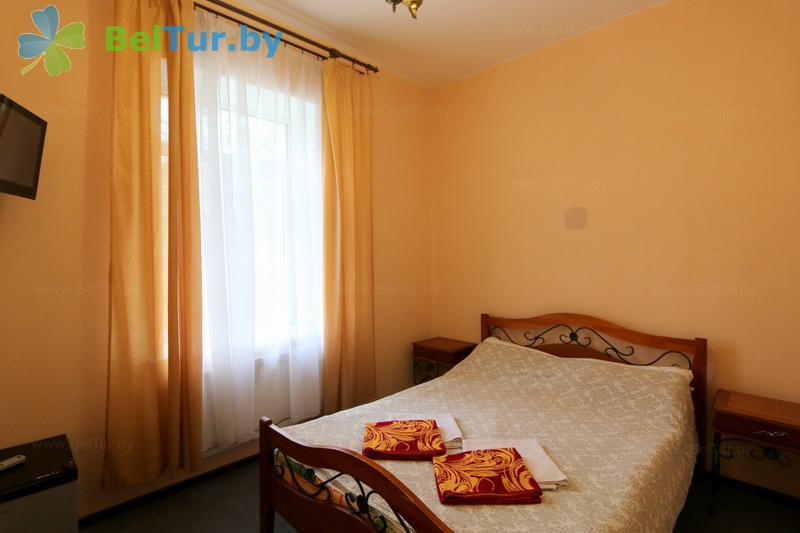 Отдых в Белоруссии Беларуси - гостиничный комплекс Вишневый сад - двухместный однокомнатный стандарт (корпус №2)