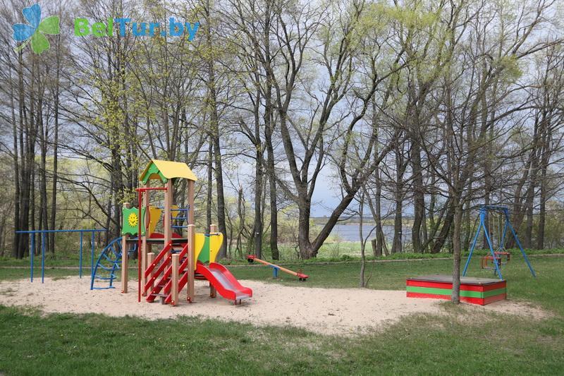 Отдых в Белоруссии Беларуси - гостиничный комплекс Вишневый сад - Детская площадка