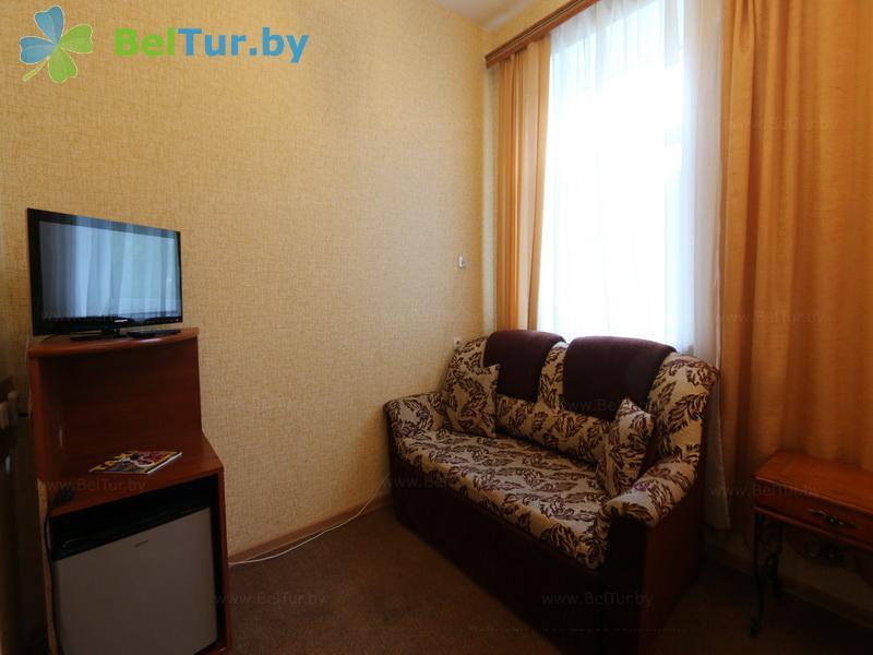 Отдых в Белоруссии Беларуси - гостиничный комплекс Вишневый сад - двухместный однокомнатный стандарт плюс (корпус №1 (главный))