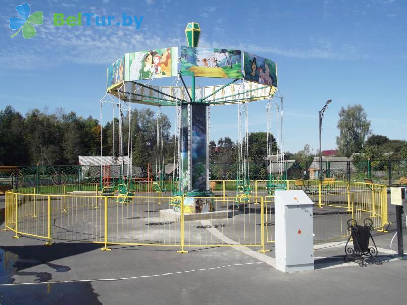 Отдых в Белоруссии Беларуси - гостиничный комплекс Изумруд - Детская площадка