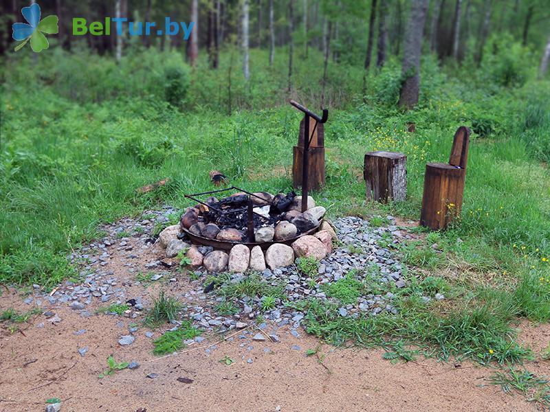 Отдых в Белоруссии Беларуси - гостиница Войтов мост - Площадка для шашлыков