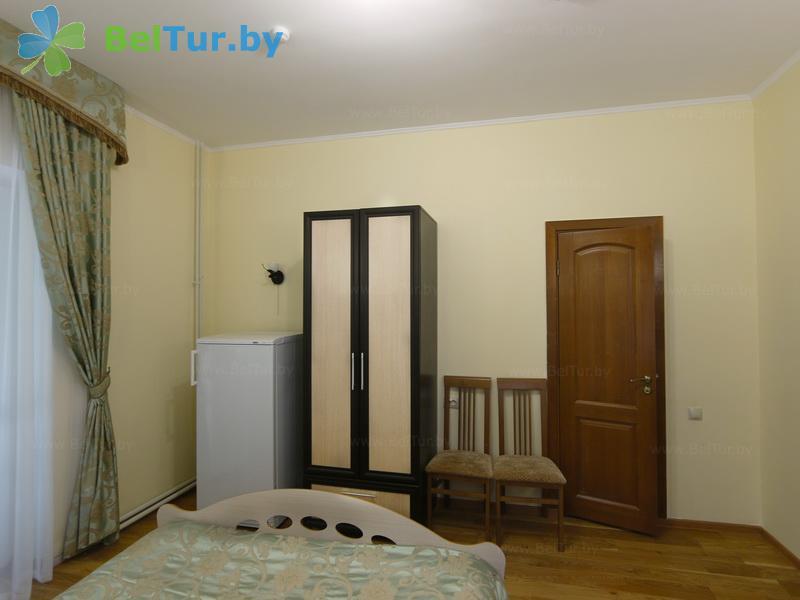 Отдых в Белоруссии Беларуси - гостиничный комплекс Жарковщина - одноместный однокомнатный (корпус №1)