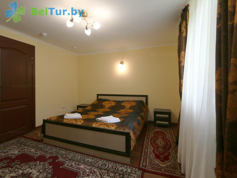 Отдых в Белоруссии Беларуси - гостиничный комплекс Жарковщина - двухместный двухкомнатный люкс (корпус №3)