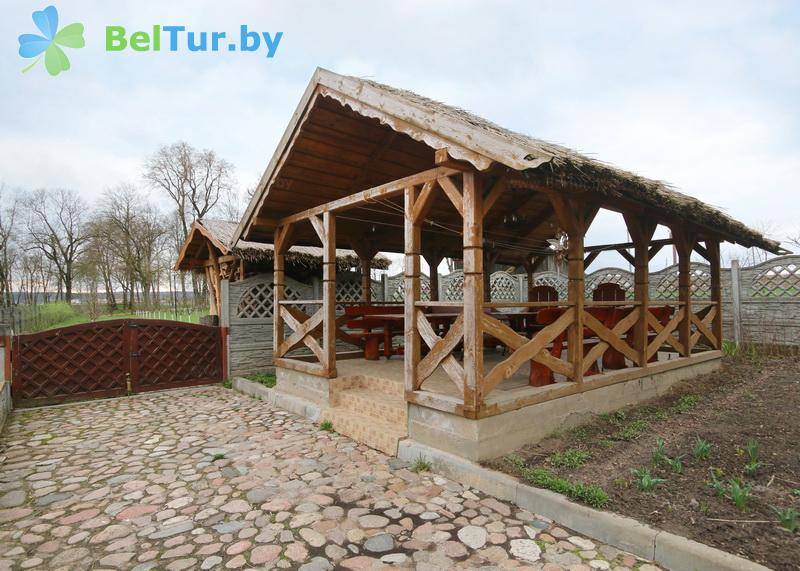 Отдых в Белоруссии Беларуси - усадьба Королинский фольварок Тызенгауза - Беседка