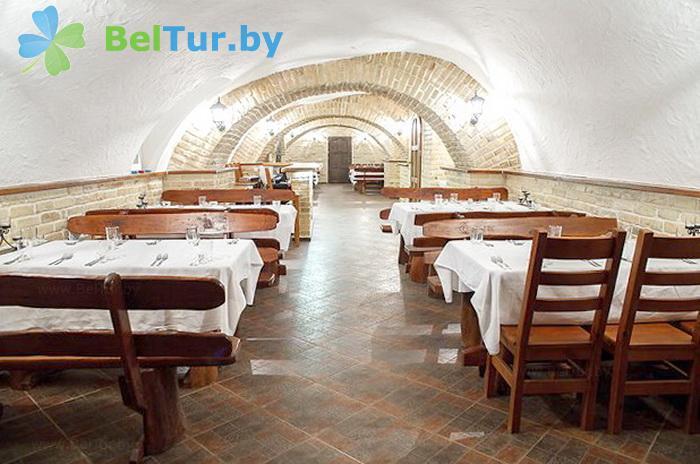 Отдых в Белоруссии Беларуси - усадьба Королинский фольварок Тызенгауза - Банкетный зал