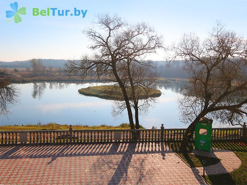 Отдых в Белоруссии Беларуси - усадьба Королинский фольварок Тызенгауза - Водоём