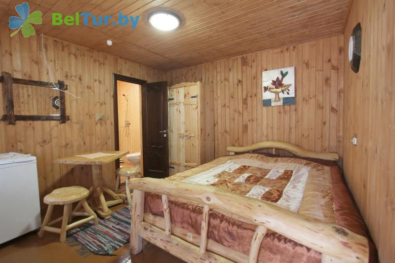 Отдых в Белоруссии Беларуси - база отдыха Комарово - двухместный однокомнатный / double (домик Б)