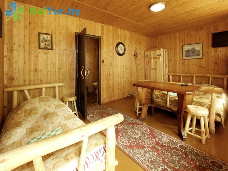 Отдых в Белоруссии Беларуси - база отдыха Комарово - трехместный однокомнатный/ Family Room (домик А)