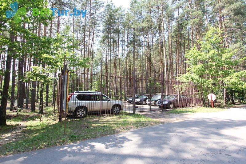 Отдых в Белоруссии Беларуси - база отдыха Глобус - Автостоянка