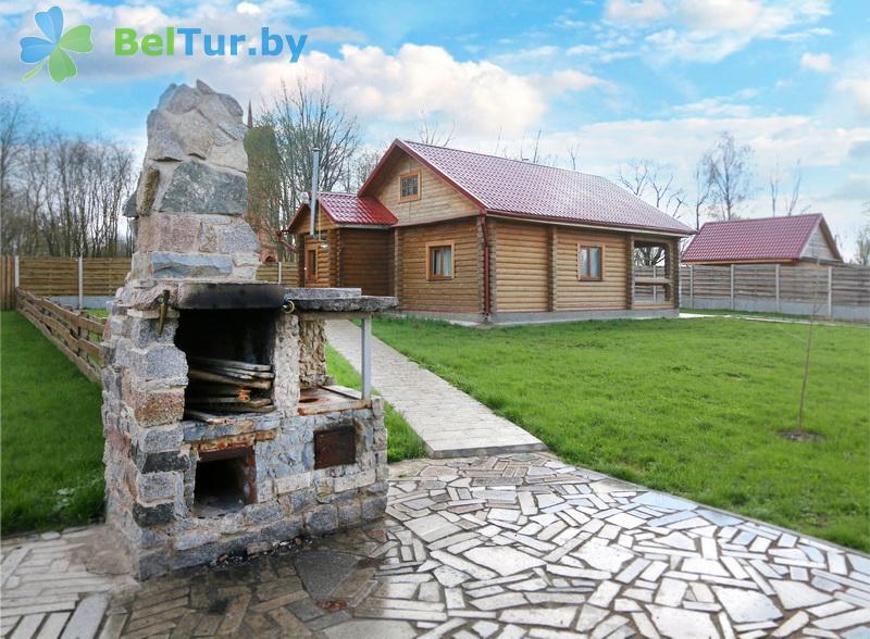 Отдых в Белоруссии Беларуси - усадьба Дукорский маёнтак - Площадка для шашлыков