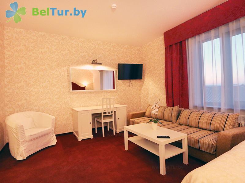 Отдых в Белоруссии Беларуси - гостиничный комплекс Браслав Лэйкс / Braslav Lakes - двухместный однокомнатный делюкс (гостиница)