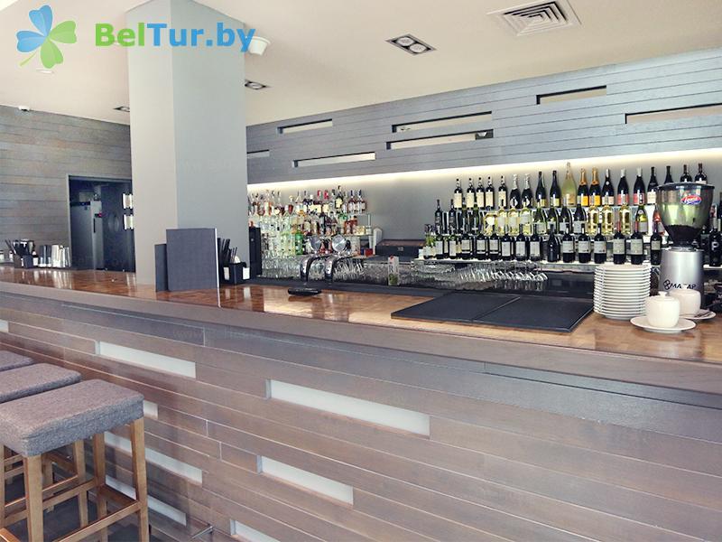 Отдых в Белоруссии Беларуси - гостиничный комплекс Шале Гринвуд / Chalet Greenwood - Бар
