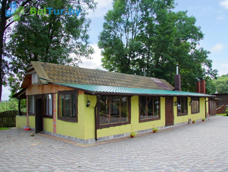 Отдых в Белоруссии Беларуси - усадьба Беловежская гостевая - банкетный зал