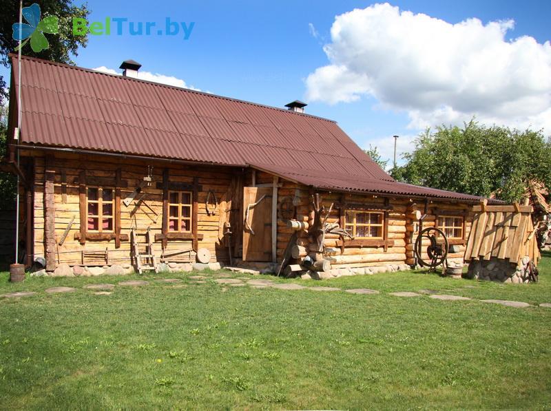 Отдых в Белоруссии Беларуси - усадьба Весёлая хата - дом №1, 2