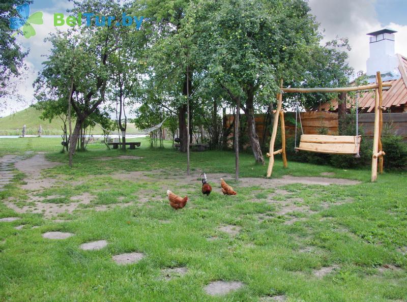 Отдых в Белоруссии Беларуси - усадьба Весёлая хата - Детская площадка