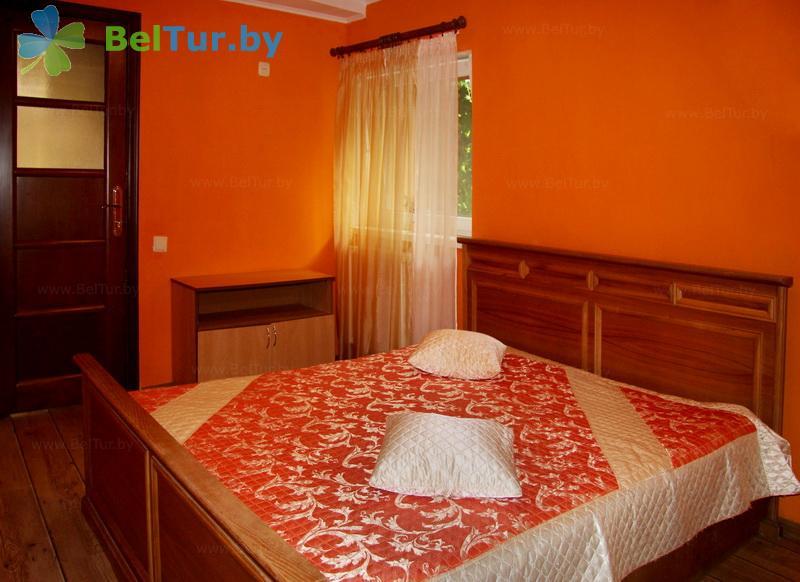 Отдых в Белоруссии Беларуси - усадьба Домашний очаг - дом (2 человека) (гостевой домик)