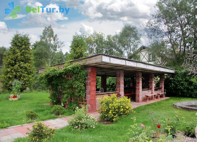 Отдых в Белоруссии Беларуси - усадьба Домашний очаг - Площадка для шашлыков