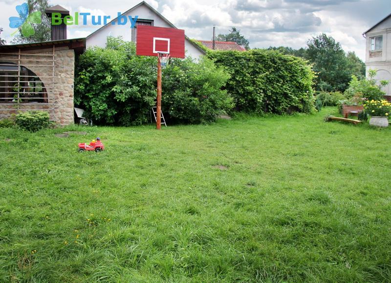Отдых в Белоруссии Беларуси - усадьба Домашний очаг - Детская площадка
