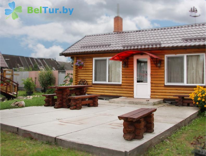 Отдых в Белоруссии Беларуси - усадьба Каменная горка - Танцплощадка летняя
