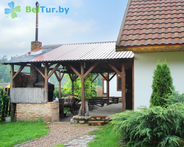 Отдых в Белоруссии Беларуси - усадьба Павлиново - Площадка для шашлыков