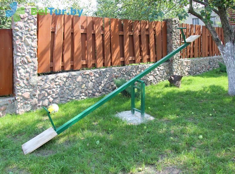 Отдых в Белоруссии Беларуси - усадьба Каменецкое затишье - Детская площадка