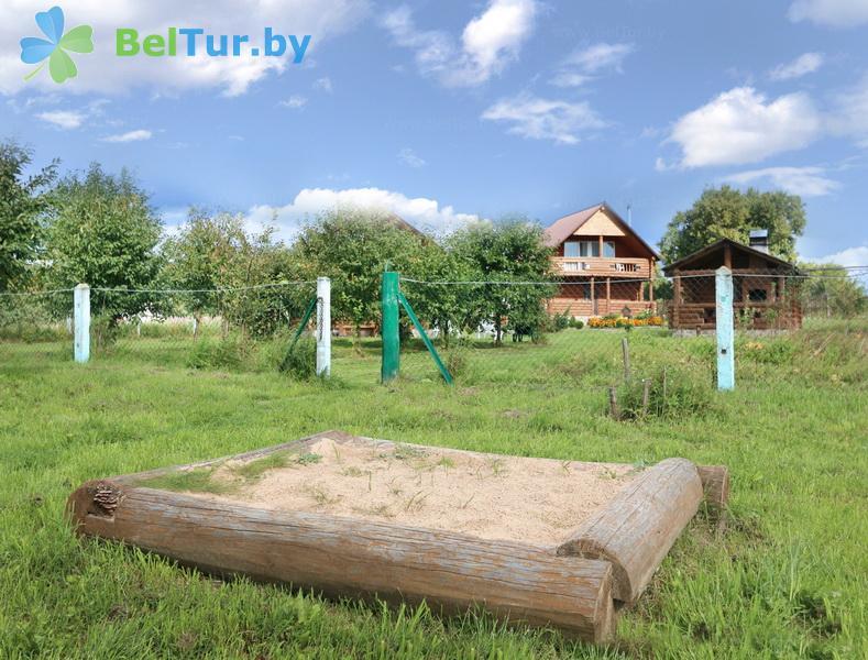Отдых в Белоруссии Беларуси - усадьба Респект Хаус / Respect House - Детская площадка