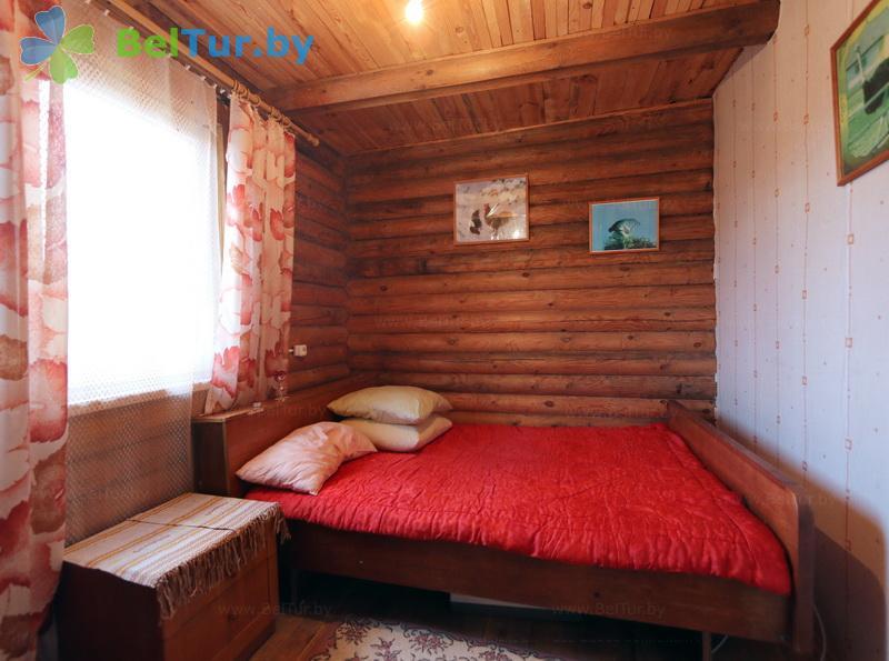 Отдых в Белоруссии Беларуси - усадьба Слуцкий страус - дом (4 человека) (гостевой домик)