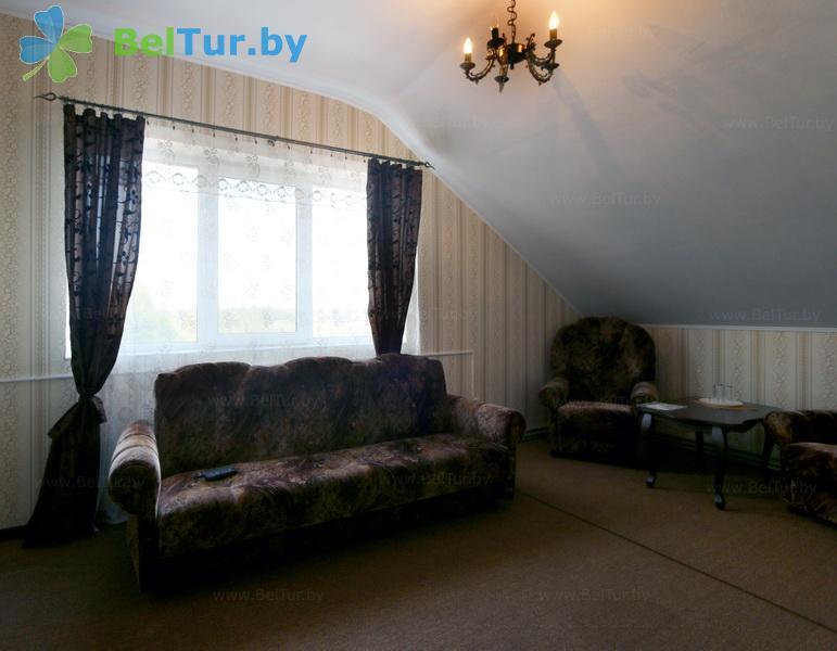 Отдых в Белоруссии Беларуси - усадьба Слуцкий страус - дом (12 человек) (большой гостевой дом)