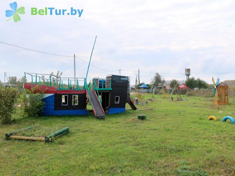 Отдых в Белоруссии Беларуси - усадьба Слуцкий страус - Детская площадка