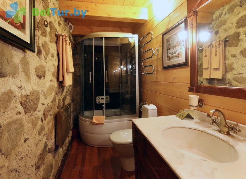 Отдых в Белоруссии Беларуси - гостиничный комплекс Панский маентак Сула - двухместный двухуровневый люкс (VIP домик - флигель)
