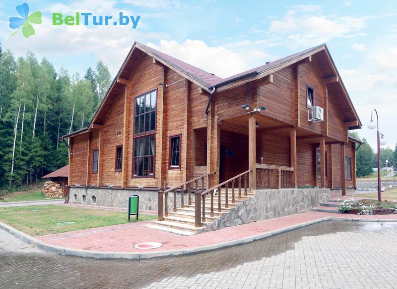 Адпачынак у Беларусі - турыстычны комплекс Сасновая - кафэ Гасціны дом