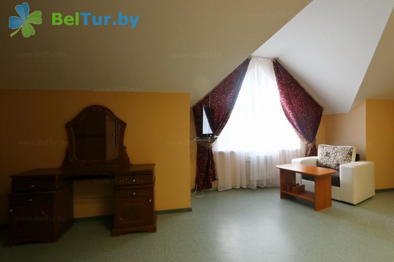 Отдых в Белоруссии Беларуси - гостевой дом Антонисберг - четырехместный трехкомнатный (гостевой дом №1, 2)