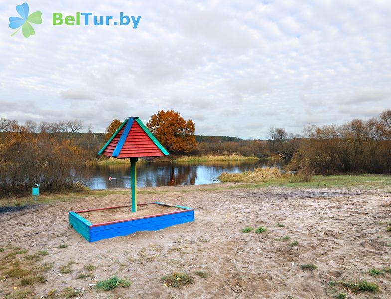 Отдых в Белоруссии Беларуси - оздоровительный комплекс БАТЭ - Водоём